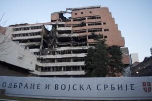Les bâtiments de l'état-major, structure symbolique des bombardements.