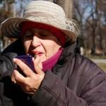 Tous les jours, Olga se rend dans le parc de Kalemegdan pour vendre des babioles aux touristes.