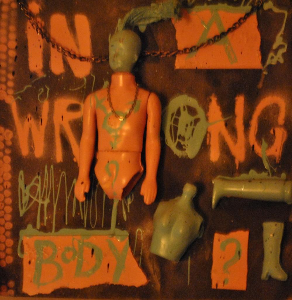 """""""Dans le mauvais corps""""... Au Bivsi Bar, une oeuvre sur la transsexualité"""